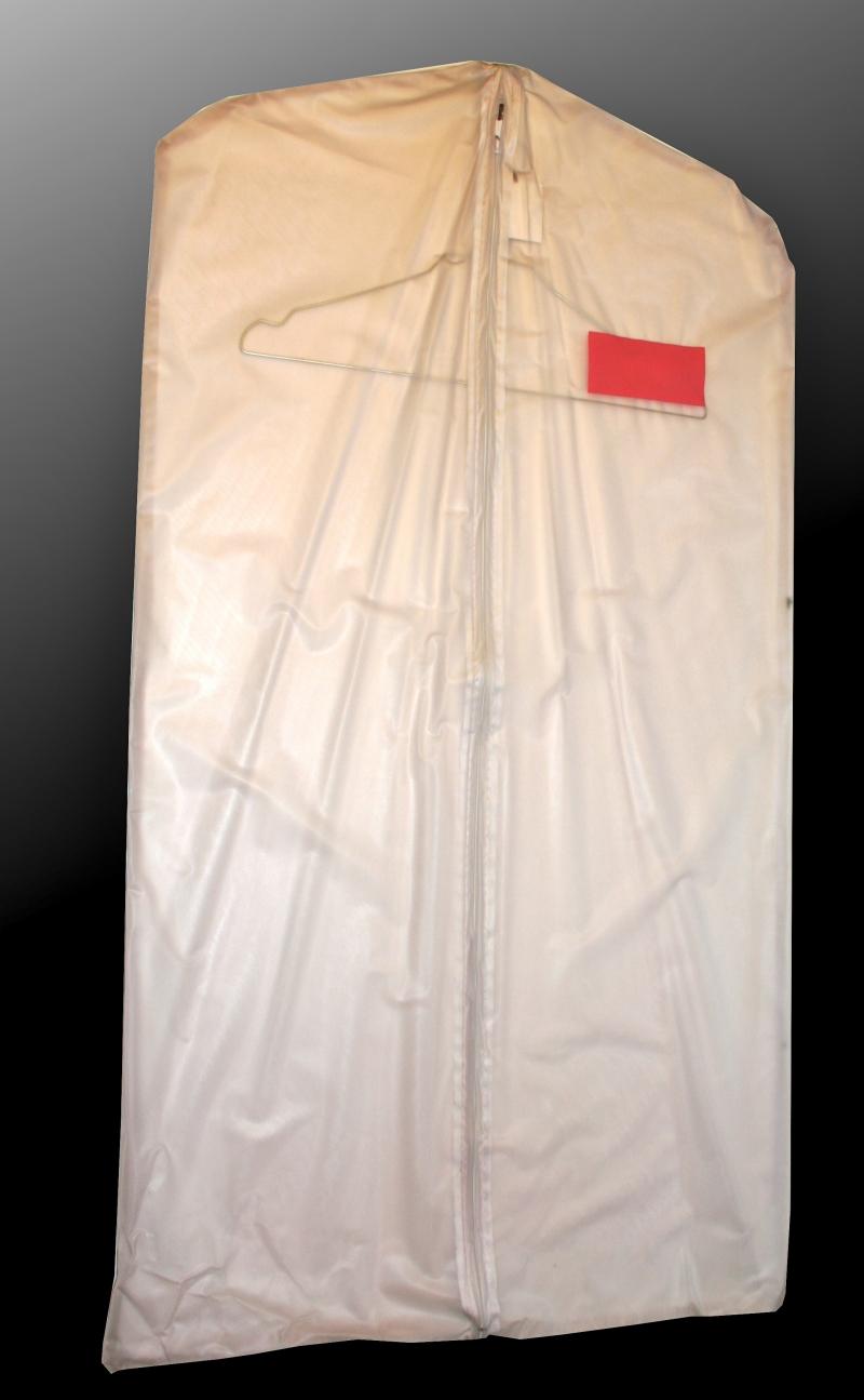 Housse costume en pvc semi transparent for Housse a costume